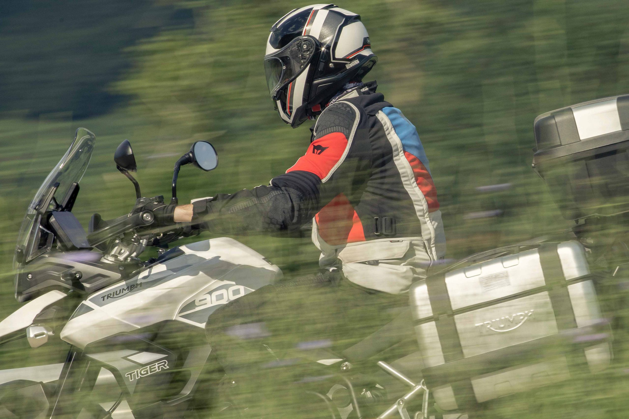 005_TriumphTiger-motosnet-mariapujol-fotografobarcelona